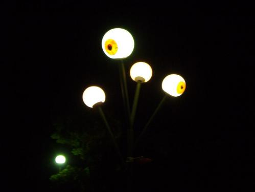 目玉おやじの街灯