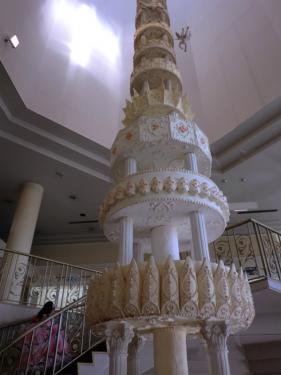 お菓子の城_ウェディングケーキ