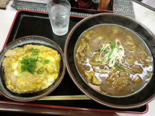 麺くいやまちゃん_カレー&親子丼
