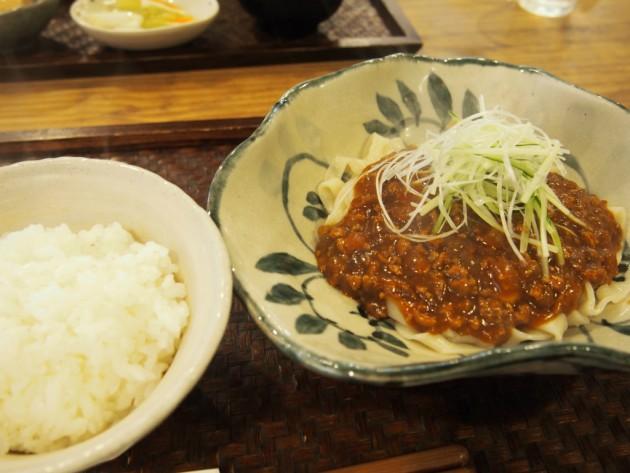 リアンの炸醤麺2